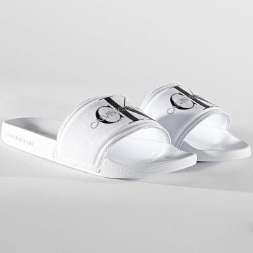 Calvin Klein - Claquettes Slide Monogram 0061 Bright White