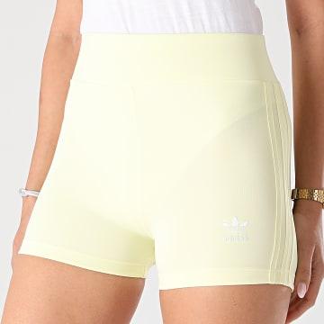 Adidas Originals - Short Jogging Femme A Bandes H56462 Jaune