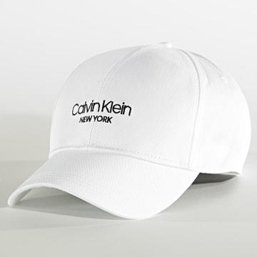 Calvin Klein - Casquette BB 6037 Blanc