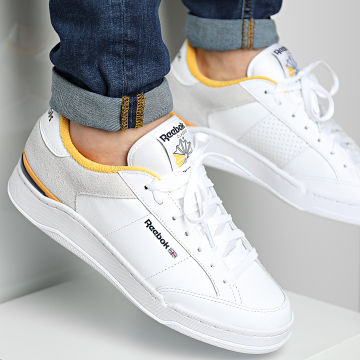Reebok - Baskets AD Court GX0028 Cloud White Vector Navy Seso Gold