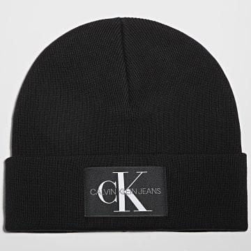 Calvin Klein - Bonnet Monogram 7052 Noir