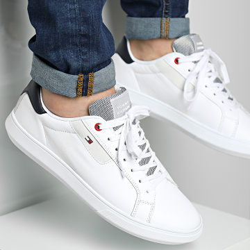Tommy Hilfiger - Baskets Essential Leather Cupsole 2581 White