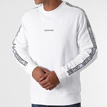 Calvin Klein - Sweat Crewneck A Bandes Essential Logo Tape 7313 Blanc