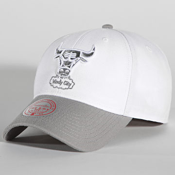 Mitchell and Ness - Casquette Grey 7 Pro Roy Velcro Chicago Bulls Blanc