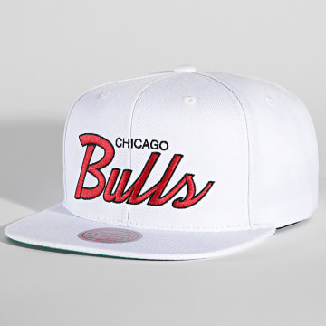 Mitchell and Ness - Casquette Snapback Heritage Script Chicago Bulls Blanc