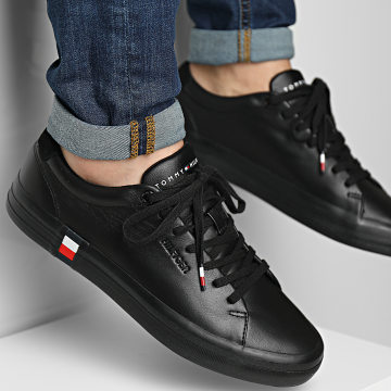 Tommy Hilfiger - Baskets Premium Corporate Vulcanized 3621 Black