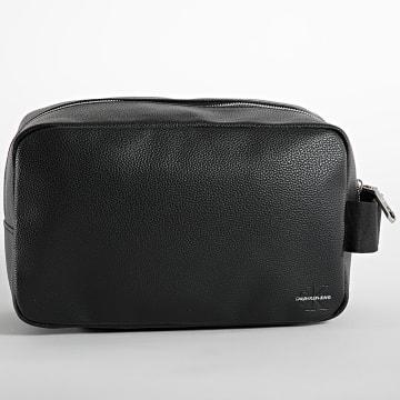 Calvin Klein - Trousse De Toilette Micro Pebble 7228 Noir