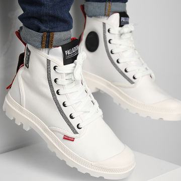 Palladium - Boots Pampa Dare 2 Survive 77215 Star White