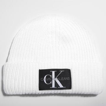 Calvin Klein - Bonnet 6242 Ecru