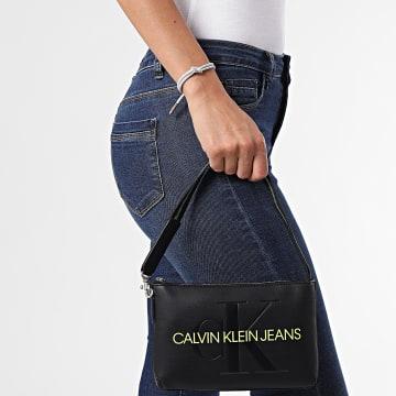 Calvin Klein - Sac A Main Femme Sculpted Shoulder 8689 Noir