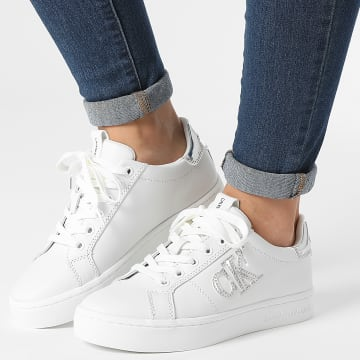 Calvin Klein - Baskets Femme Cupsole Lace Up Sneaker Logo 0368 White