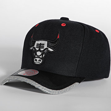 Mitchell and Ness - Casquette Day 3 Snapback Chicago Bulls Noir