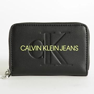 Calvin Klein - Portefeuille Femme Sculpted Mono 8396 Noir