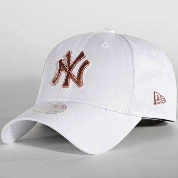 New Era - Casquette Femme 9Forty Metallic New York Yankees Blanc