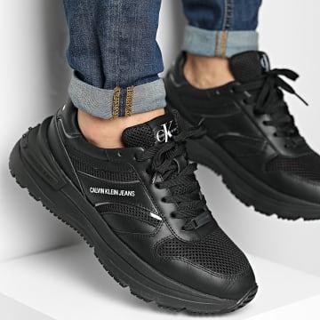Calvin Klein - Baskets Runner Lace Up Sneaker 0198 Triple Black