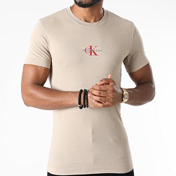 Calvin Klein - Tee Shirt New Iconic Essential 7092 Beige