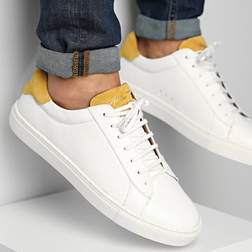Classic Series - Baskets Vincent White Yellow