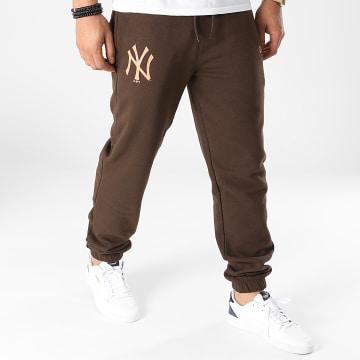 New Era - Pantalon Jogging New York Yankees 12890940 Marron