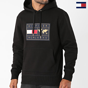 https://laboutiqueofficielle-res.cloudinary.com/image/upload/v1627566657/Marketing/WATERMARK%20svg/2logo_tommy_hilfiger.svg Tommy Hilfiger - Sweat Capuche Icon Earth Badge 8719 Noir Doré