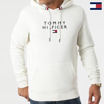 https://laboutiqueofficielle-res.cloudinary.com/image/upload/v1627566657/Marketing/WATERMARK%20svg/2logo_tommy_hilfiger.svg Tommy Hilfiger - Sweat Capuche Stacked Tommy Flag 7397 Beige