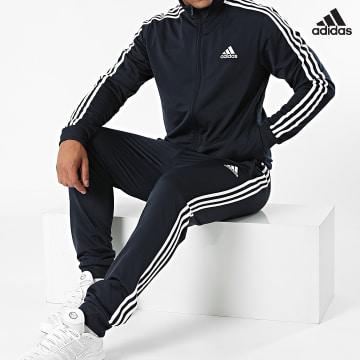 https://laboutiqueofficielle-res.cloudinary.com/image/upload/v1627638668/Desc/Watermark/adidas_performance.svg Adidas Performance - Ensemble De Survêtement A Bandes GK9658 Bleu Marine