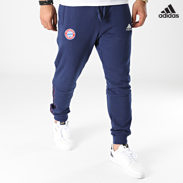https://laboutiqueofficielle-res.cloudinary.com/image/upload/v1627638668/Desc/Watermark/adidas_performance.svg Adidas Performance - Pantalon Jogging A Bandes FC Bayern GR0701 Bleu Marine
