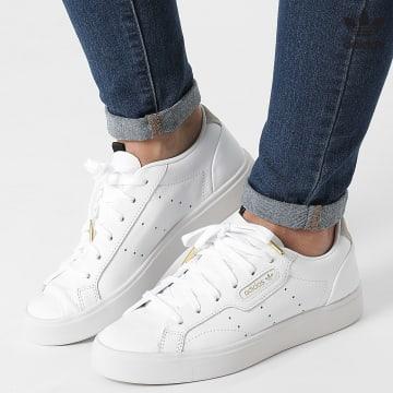https://laboutiqueofficielle-res.cloudinary.com/image/upload/v1627646526/Desc/Watermark/3adidas_orginal.svg Adidas Originals - Baskets Femme Sleek DB3258 Footwear White Crystal White