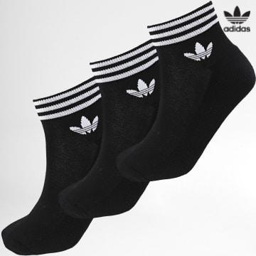 https://laboutiqueofficielle-res.cloudinary.com/image/upload/v1627646526/Desc/Watermark/3adidas_orginal.svg Adidas Originals - Lot De 3 Paires De Chaussettes Courtes EE1151 Noir