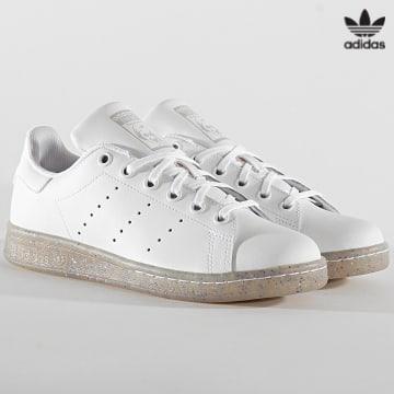https://laboutiqueofficielle-res.cloudinary.com/image/upload/v1627646526/Desc/Watermark/3adidas_orginal.svg Adidas Originals - Baskets Femme Stan Smith EE7574 Cloud White Grey One