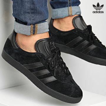 https://laboutiqueofficielle-res.cloudinary.com/image/upload/v1627646526/Desc/Watermark/3adidas_orginal.svg Adidas Originals - Baskets Gazelle CG2809 Core Black Core Black
