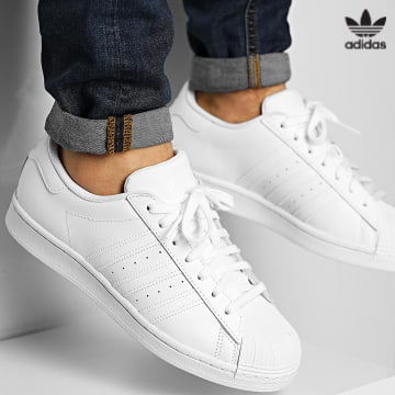 https://laboutiqueofficielle-res.cloudinary.com/image/upload/v1627646526/Desc/Watermark/3adidas_orginal.svg Adidas Originals - Baskets Superstar EG4960 Cloud White