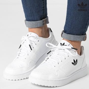 https://laboutiqueofficielle-res.cloudinary.com/image/upload/v1627646526/Desc/Watermark/3adidas_orginal.svg Adidas Originals - Baskets Femme NY 90 FY9840 Footwear White Core Black