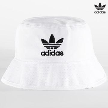 https://laboutiqueofficielle-res.cloudinary.com/image/upload/v1627646526/Desc/Watermark/3adidas_orginal.svg Adidas Originals - Bob Trefoil FQ4641 Blanc