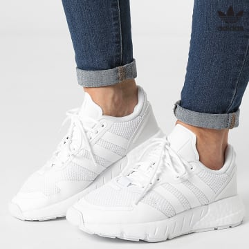 https://laboutiqueofficielle-res.cloudinary.com/image/upload/v1627646526/Desc/Watermark/3adidas_orginal.svg Adidas Originals - Baskets Femme ZX 1K Boost S42589 Footwear White