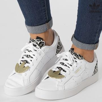 https://laboutiqueofficielle-res.cloudinary.com/image/upload/v1627646526/Desc/Watermark/3adidas_orginal.svg Adidas Originals - Baskets Femme Sleek FY5064 Footwear White Brown Pink