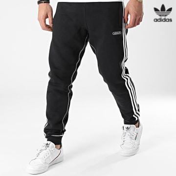 https://laboutiqueofficielle-res.cloudinary.com/image/upload/v1627646526/Desc/Watermark/3adidas_orginal.svg Adidas Originals - Pantalon Jogging A Bandes Contrast Stitch GN3888 Noir
