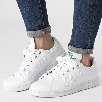 https://laboutiqueofficielle-res.cloudinary.com/image/upload/v1627646526/Desc/Watermark/3adidas_orginal.svg Adidas Originals - Baskets Femme Stan Smith FY5464 Cloud White Green