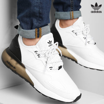 https://laboutiqueofficielle-res.cloudinary.com/image/upload/v1627646526/Desc/Watermark/3adidas_orginal.svg Adidas Originals - Baskets ZX 2K Boost S42834 Footwear White Core Black