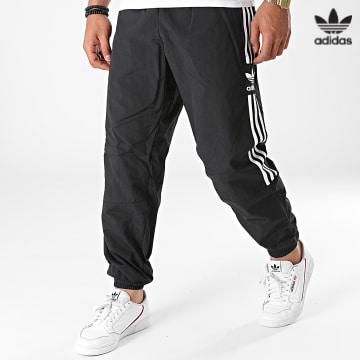 https://laboutiqueofficielle-res.cloudinary.com/image/upload/v1627646526/Desc/Watermark/3adidas_orginal.svg Adidas Originals - Pantalon Jogging A Bandes Lock Up H41387 Noir