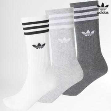 https://laboutiqueofficielle-res.cloudinary.com/image/upload/v1627646526/Desc/Watermark/3adidas_orginal.svg Adidas Originals - Lot De 3 Chaussettes Solid Crew H62021 Gris Chiné Blanc
