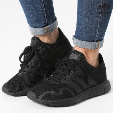 https://laboutiqueofficielle-res.cloudinary.com/image/upload/v1627646526/Desc/Watermark/3adidas_orginal.svg Adidas Originals - Baskets Femme Swift Run X FY2153 Core Black