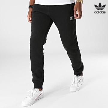 https://laboutiqueofficielle-res.cloudinary.com/image/upload/v1627646526/Desc/Watermark/3adidas_orginal.svg Adidas Originals - Pantalon Jogging Essentials H34657 Noir