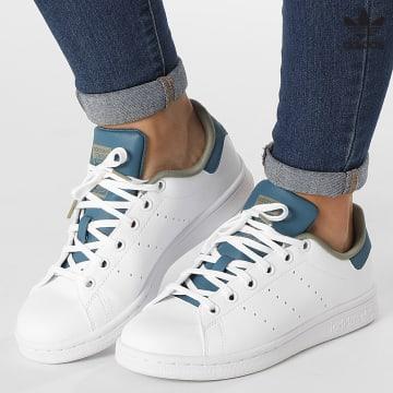 https://laboutiqueofficielle-res.cloudinary.com/image/upload/v1627646526/Desc/Watermark/3adidas_orginal.svg Adidas Originals - Baskets Femme Stan Smith GZ9916 Cloud White Orbit Indigo