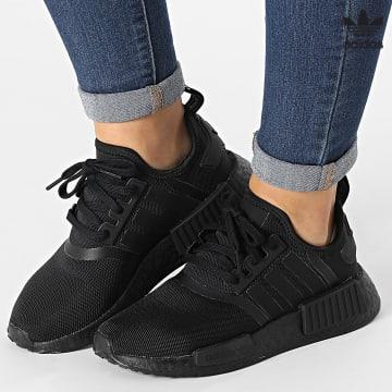 https://laboutiqueofficielle-res.cloudinary.com/image/upload/v1627646526/Desc/Watermark/3adidas_orginal.svg Adidas Originals - Baskets Femme NMD R1 H03994 Core Black