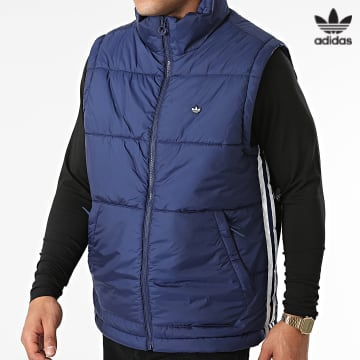 https://laboutiqueofficielle-res.cloudinary.com/image/upload/v1627646526/Desc/Watermark/3adidas_orginal.svg Adidas Originals - Doudoune Sans Manches Padded H13558 Bleu Roi