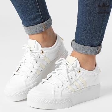 https://laboutiqueofficielle-res.cloudinary.com/image/upload/v1627646526/Desc/Watermark/3adidas_orginal.svg Adidas Originals - Baskets Femme Nizza Platform GW6083 Cloud White Crystal White