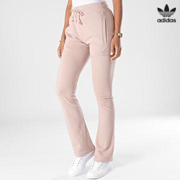 https://laboutiqueofficielle-res.cloudinary.com/image/upload/v1627646526/Desc/Watermark/3adidas_orginal.svg Adidas Originals - Pantalon Jogging Femme Open HF6770 Beige