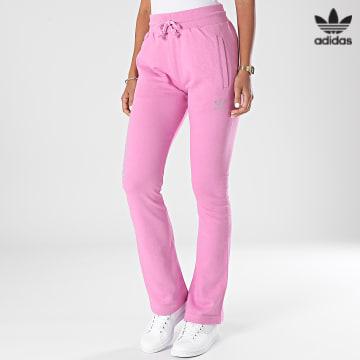 https://laboutiqueofficielle-res.cloudinary.com/image/upload/v1627646526/Desc/Watermark/3adidas_orginal.svg Adidas Originals - Pantalon Jogging Femme HF6771 Rose