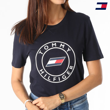 https://laboutiqueofficielle-res.cloudinary.com/image/upload/v1627646949/Desc/Watermark/10logo_tommy_sport.svg Tommy Sport - Tee Shirt Femme Slim Round Graphic C-NK 1046 Bleu Marine