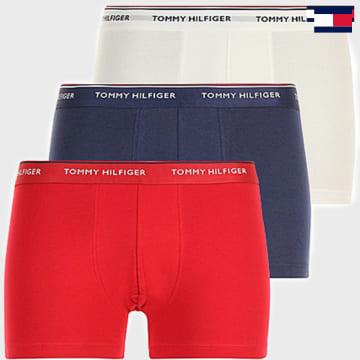 https://laboutiqueofficielle-res.cloudinary.com/image/upload/v1627647047/Desc/Watermark/7logo_tommy_hilfiger.svg Tommy Hilfiger - Lot De 3 Boxers Premium Essentials Bleu Blanc Rouge